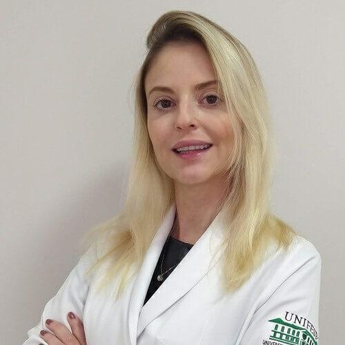 Dra. Juliana de Oliveira Calixto